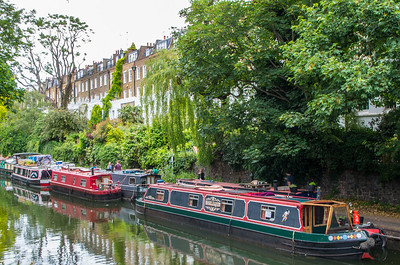This is how London's canals look, authentic