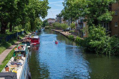 Beautiful day for canoeing on Regent's canal