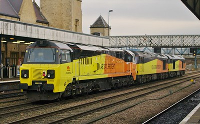 70806-60021-60026-lincoln-central-27-12-2017-BS-UP-ENGINEERS-BARNETBY-COLAS-SIDINGS#2