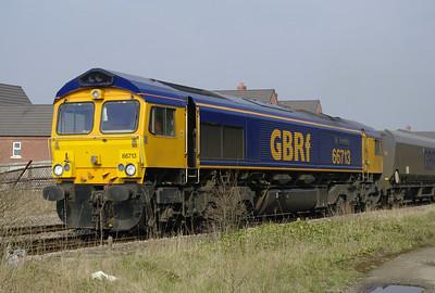 66713-im-hit-eggborough-PS-gains-central-29-3-2014 loco