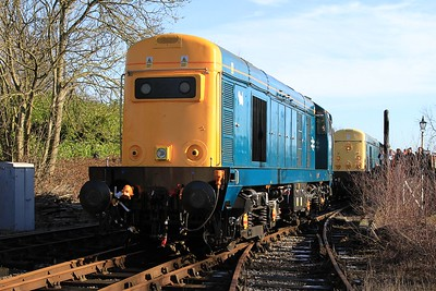 20 205+20 048 standing amongst the undergrowth at Hammersmith after arrival with 10.41 Riddings to Hammersmith (08.02.2015)