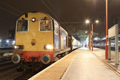 "20 308 awaiting departure from Crewe on 1Z20, 04.25 Crewe - Paddington ""Buffer Puffer 12.0"" railtour (07.02.2015)"
