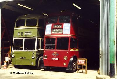 Derby Corporation 224, London Transport 1768, Carlton Colville, 11-06-2000