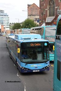 Nottingham Community Transport 982, Upper Parliament St Nottingham, 29-07-2017