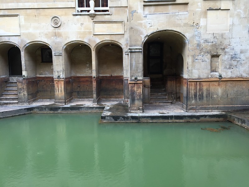 Obligatory tourist photo of the ruins of the Roman Baths.