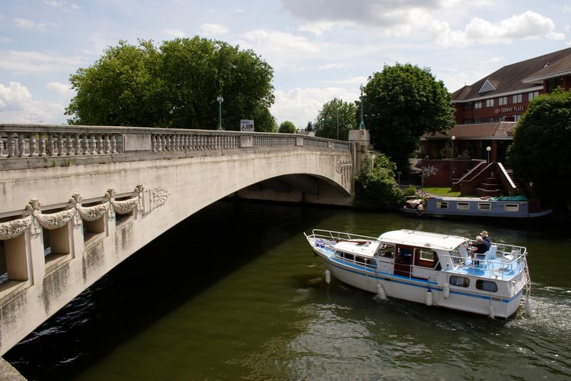 Bridge over River Thames Caversham Reading Berkshire