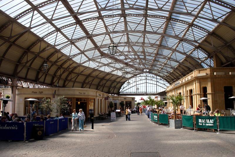 Shopping Centre at Windsor Royal Station