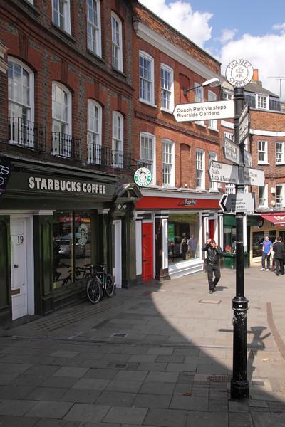 Thames Street Windsor April 2012
