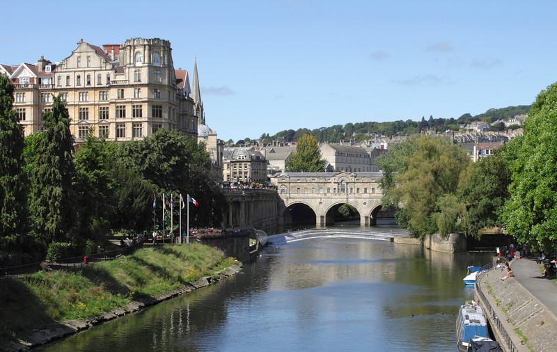 River Avon and Pulteney Bridge Bath Somerset