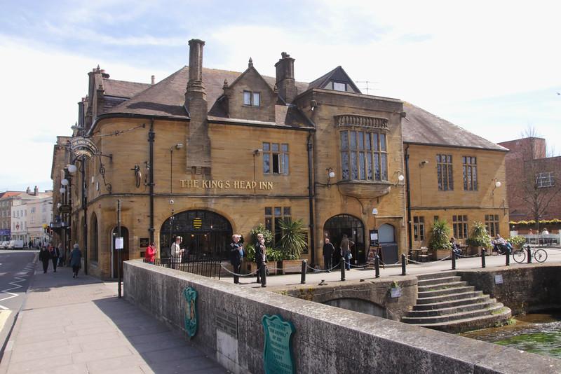 The Kings Head Inn pub sign Salisbury Wiltshire