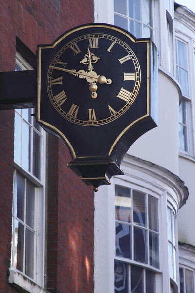 Clock at High Street Winchester