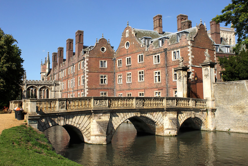 Bridge over the River Cam and St John's College Cambridge