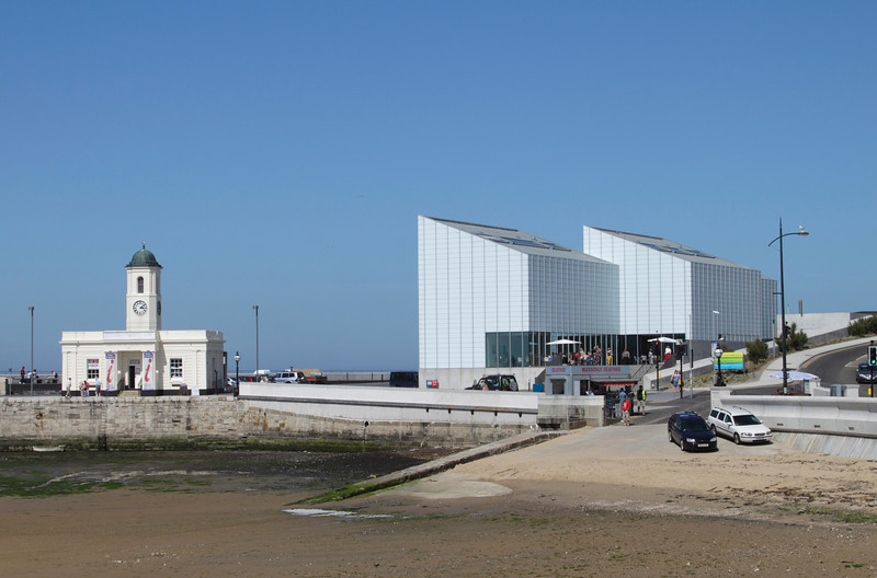 Margate Pier and Harbour Company Building and Turner Contemporary art gallery