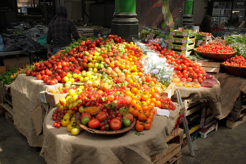 Tomatoes and Apples for sale at the Borough Market London