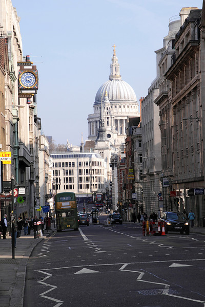 Fleet Street London towaqrds St Pauls Cathedtral