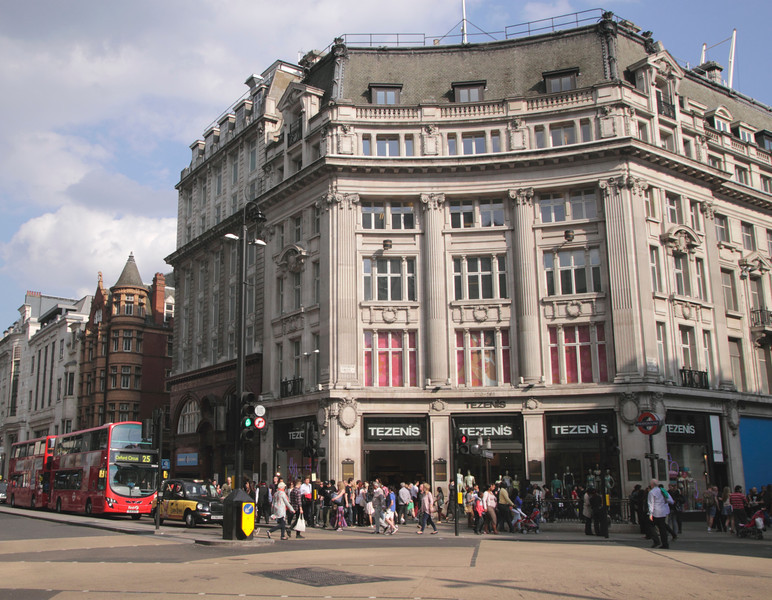 Tezenis Clothing Store Oxford Street London