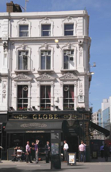The Globe Pub Moorgate London