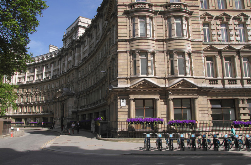 Buildings at Finsbury Circus London