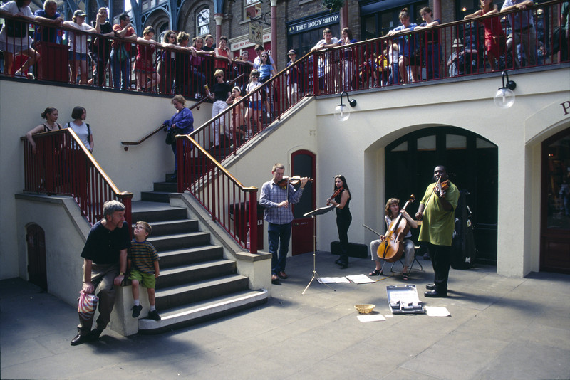 Buskers at Covent Garden London
