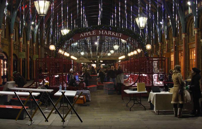Covent Garden London Apple Market Christmas 2008