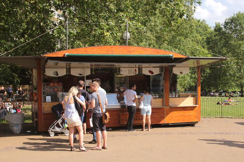Refreshments stall at Green Park London summer 2016