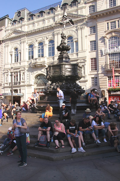 Eros statue Piccadilly Circus London