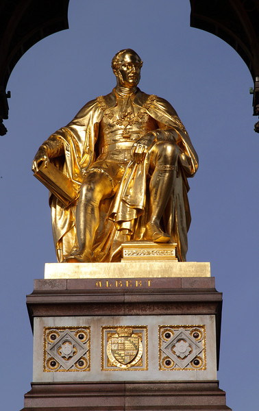 Closeup Albert Memorial Kensington Gardens London