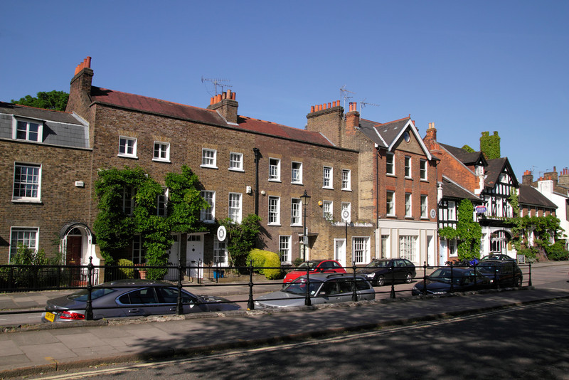 Residential houses near Kew Green London