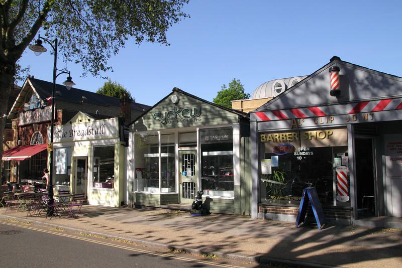 Shops near Kew Station London