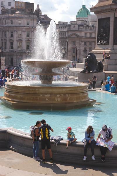 Fountain at Trafalgar Square London September 2017