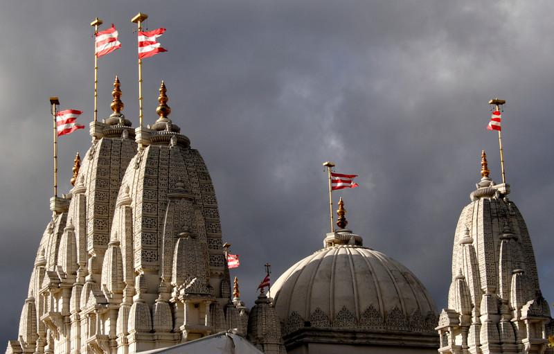 Shree Swaminarayan Mandir Hindu Temple Neasden London