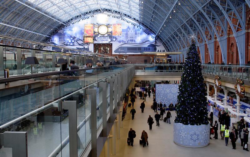 St Pancras International Railway Station London