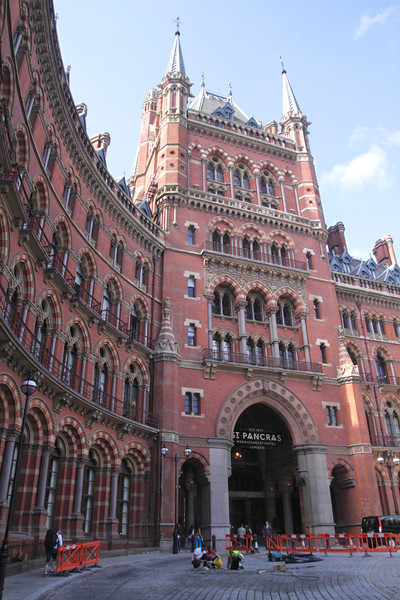 St Pancras railway Station and Renaissance Hotel London
