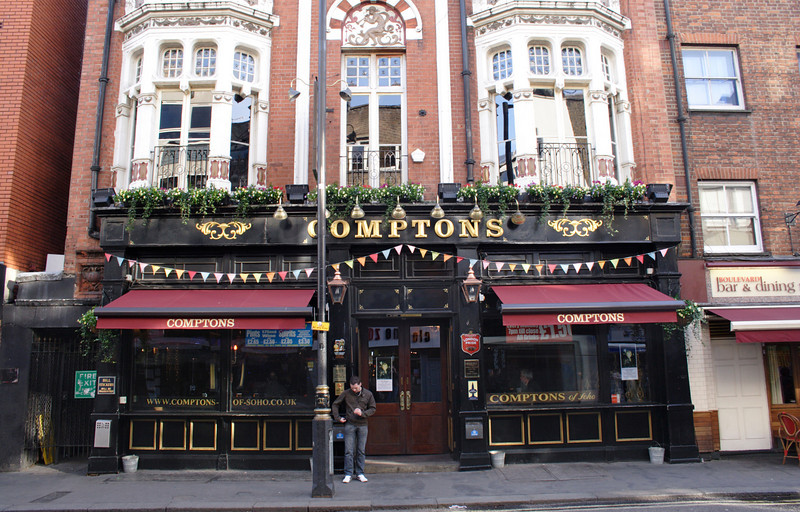 Comptons Pub Soho London