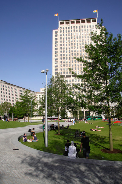 Jubilee Gardens and Shell Centre building London