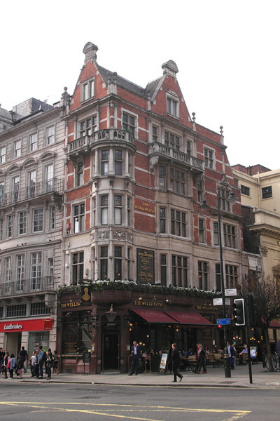 The Wellington Pub at The Strand London