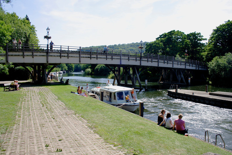 Bridge over River Thames at Goring Oxfordshire