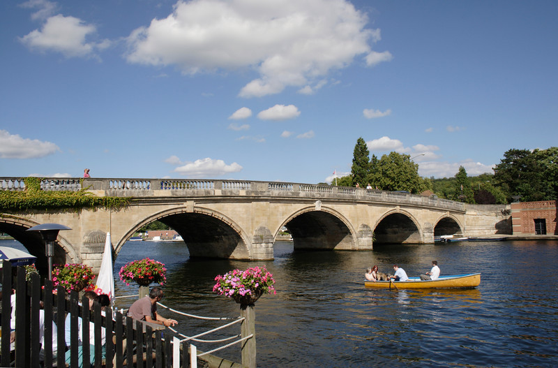 Bridge over River Thames at Henley Oxfordshire