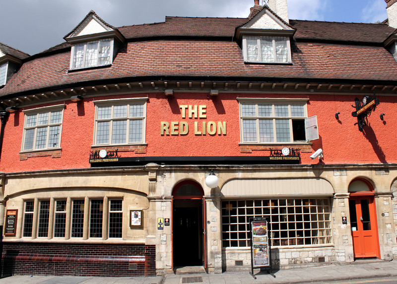 The Red Lion Pub Gloucester Street Oxford
