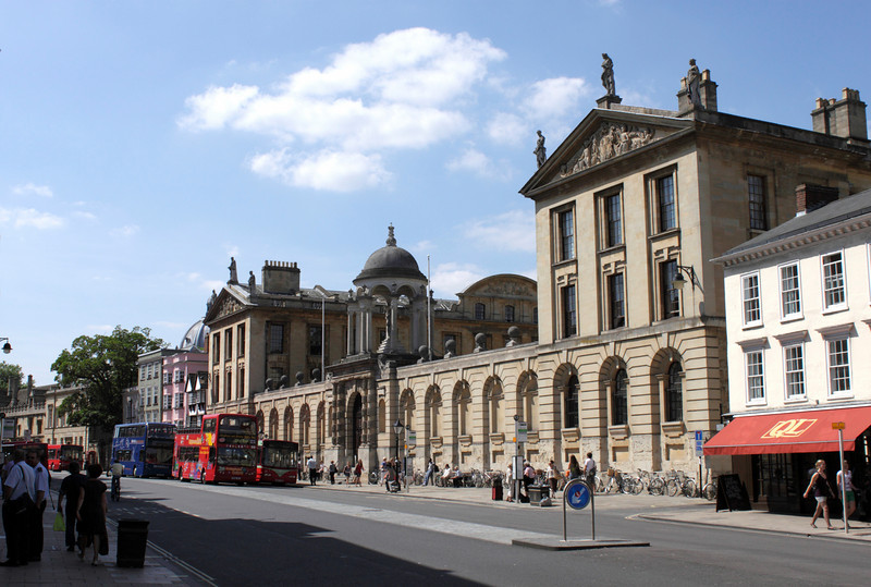 High Street and Queen's College Oxford