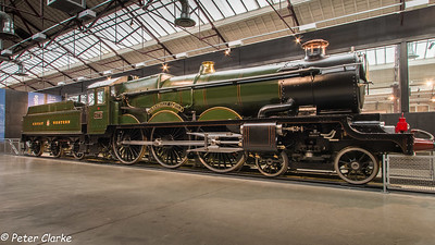 Castle Class 4-6-0 No 4073 Caerphilly Castle