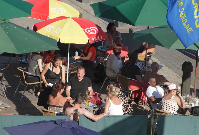 Shoreline bar at Brighton beach Sussex