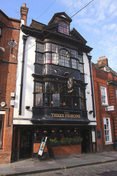 The Three Pigeons Pub High Street Guildford Surrey