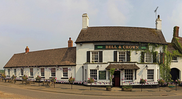 Bell and Crown, Zeals
