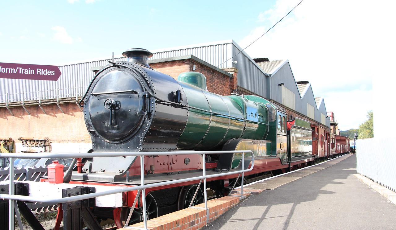 L.N.E.R Class D11 4-4-0 No 62660 Butler Henderson