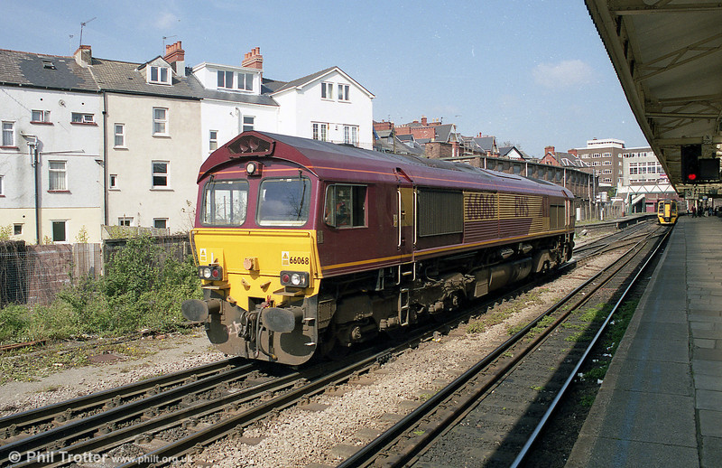 66068 at Newport during 2003.