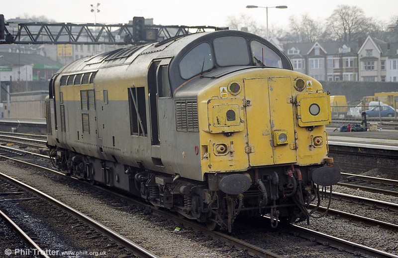 37038 at Newport in November 1998.
