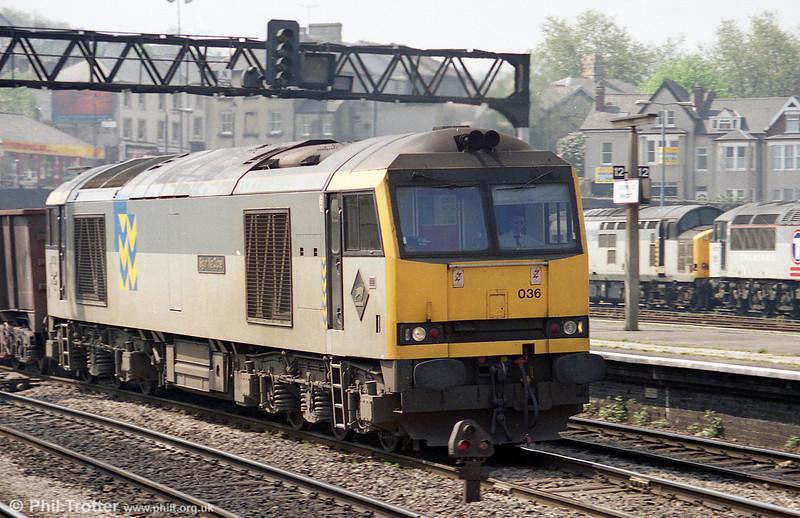 60036 'Sgurr Na Ciche' passes through Newport during 1995.