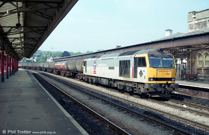 60034 'Carnedd Llewellyn' passes through Newport with 6B13, Robeston to Westerleigh on 14th June 1996.