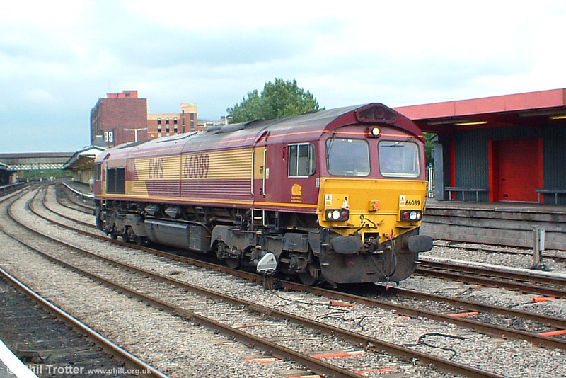 66089 running light through Newport Gwent on 30th September 2003.